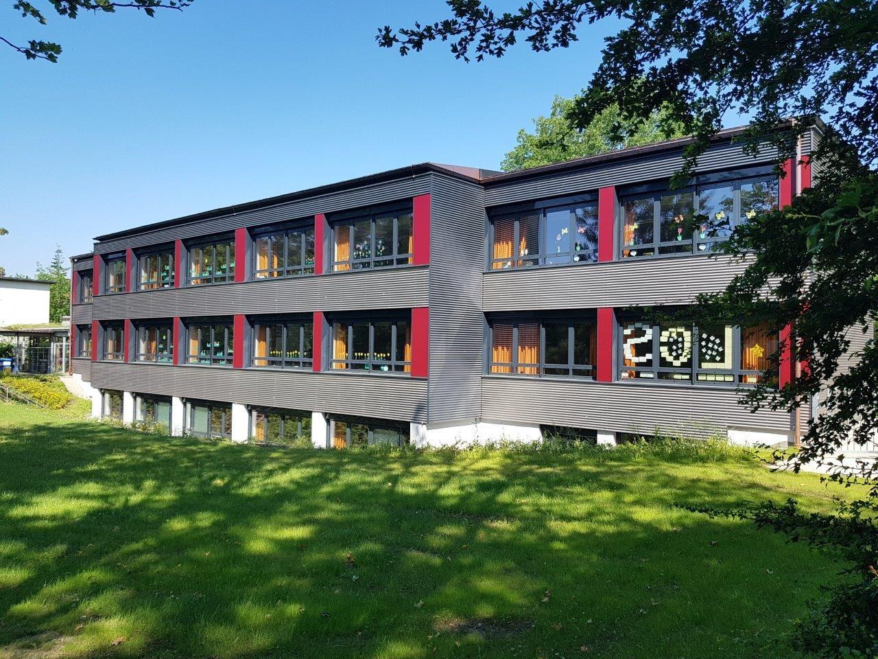 Neue Fassade Graslitzer Straße